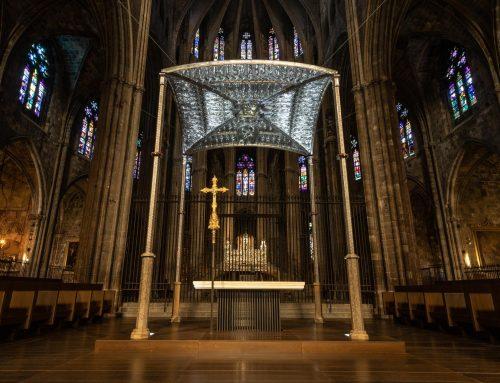 Passeja't per l'inaccessible campanari i àngel de la Catedral de Girona